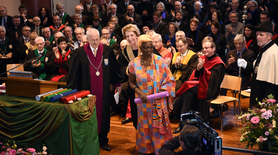 Mercy Amba Oduyoye, honorary doctor of the Faculty of Theology. (Image: University of Basel, Peter Schnetz)