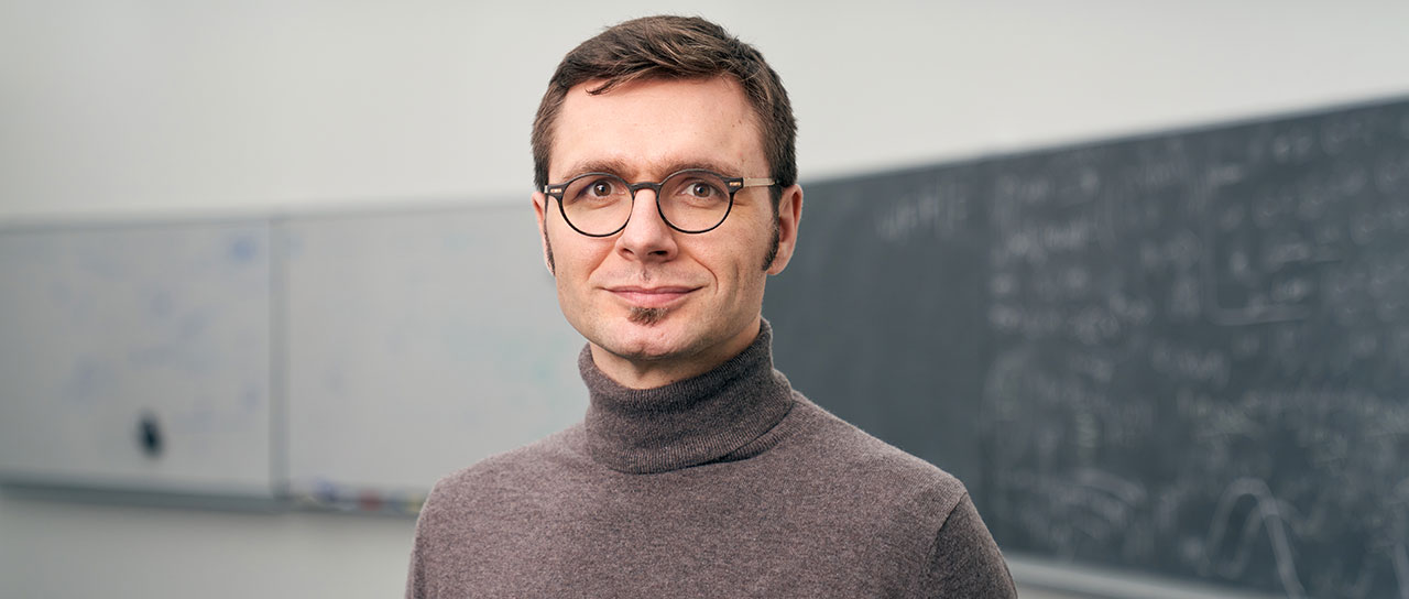 Prof. Dr. Ivan Dokmanić, director of the Center for Data Analytics. (Image: University of Basel, Oliver Hochstrasser)