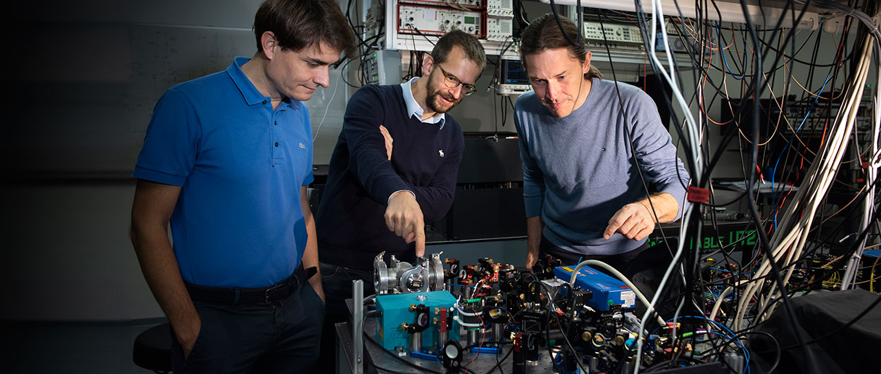 On board the quantum flagship: the three Basel physicists Prof. Nicolas Sangouard, Prof. Patrick Maletinsky and Prof. Philipp Treutlein. (Photo: University of Basel, Christian Flierl)