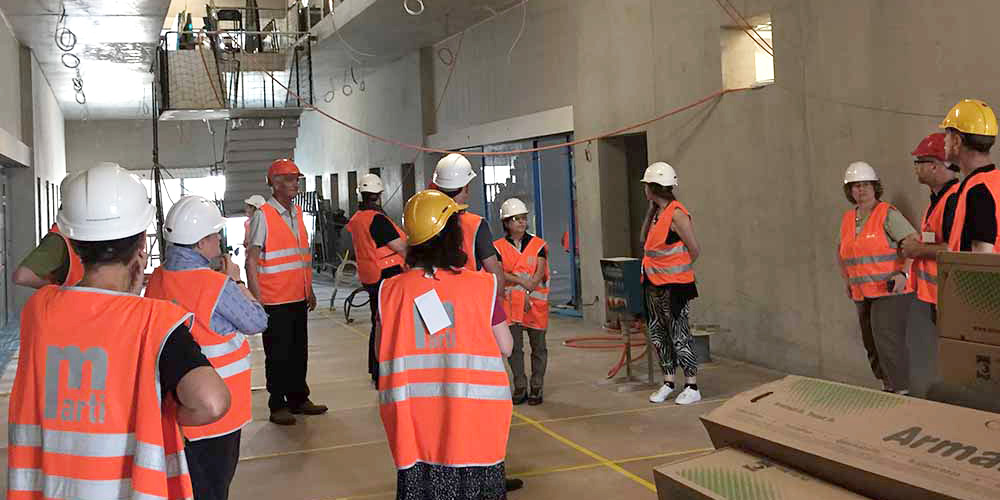 Guests at the Biozentrum Buildingsite visiting