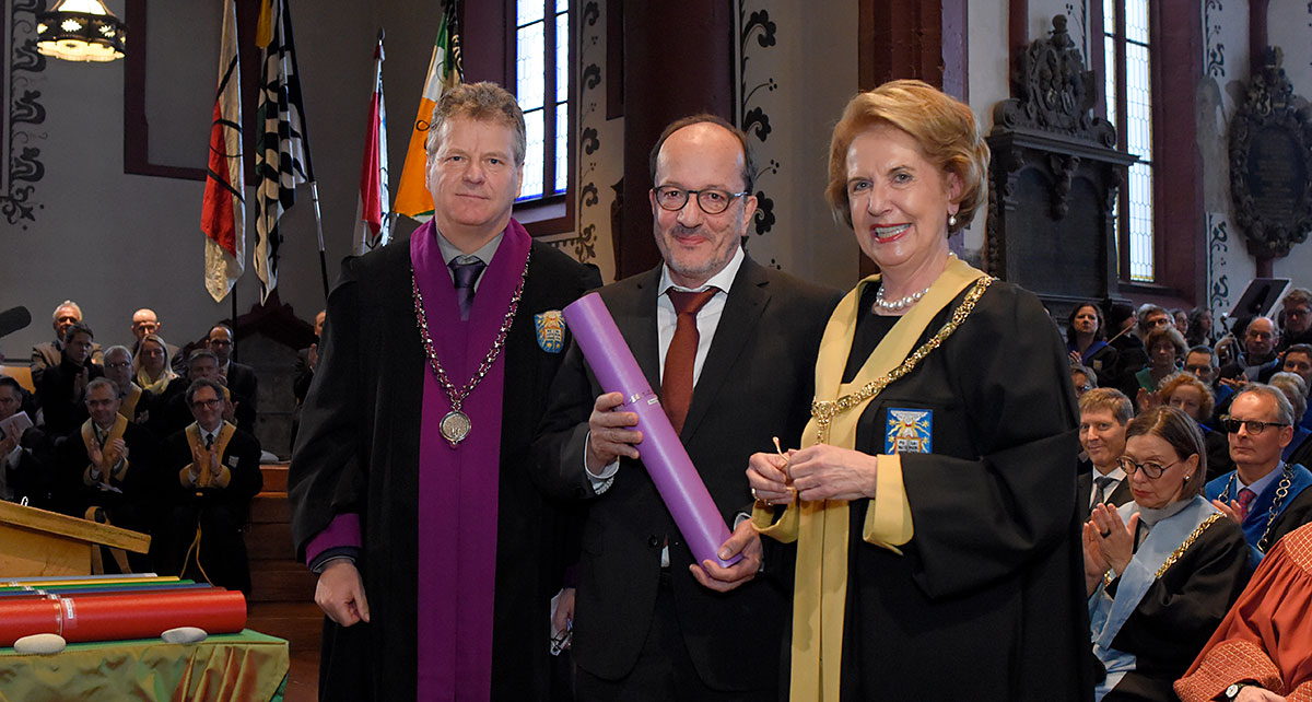 Pastor Martin Stingelin was awarded an honorary doctorate from the Faculty of Theology. (Photo: University of Basel, Christian Flierl)